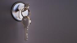 Ztratili jste klíče od bytu nebo domu? Tyto 3 kroky byste měli udělat jako první