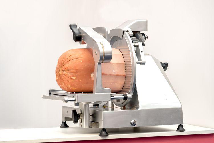 Nejlepší elektrický kuchyňský kráječ na chléb, maso či šunku poradí recenze a testy