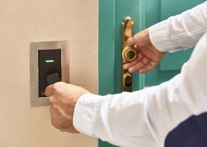 Elektronický přístupový systém - více bezpečí, méně starostí
