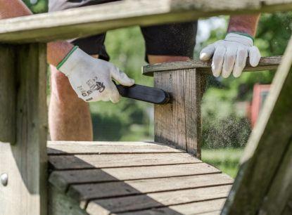 Jak se vypořádat s vadami dřeva?