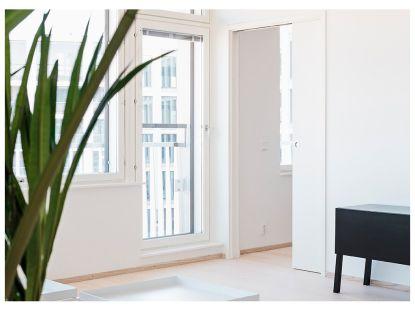 Dveře umí s interiérem divy. Mnohdy však stačí vyměnit dveřní kování