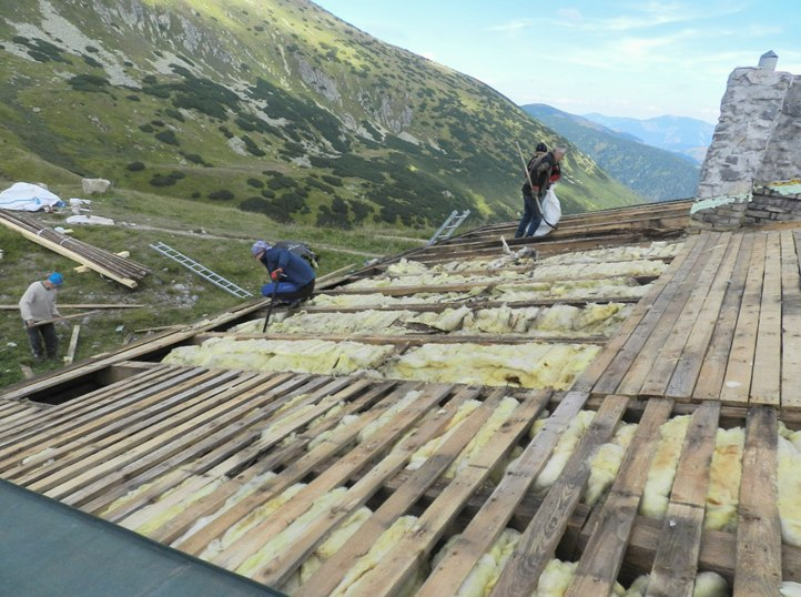 Jak na zateplení šikmé střechy?