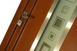 Vchodové dveře pro reprezentaci i bezpečí