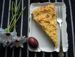 Makovo-tvarohový koláč se švestkami