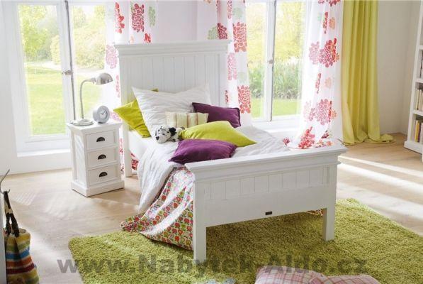 romantická postel z masivu z kolekce rustikální dětský pokoj, cena: 18 438 Kč