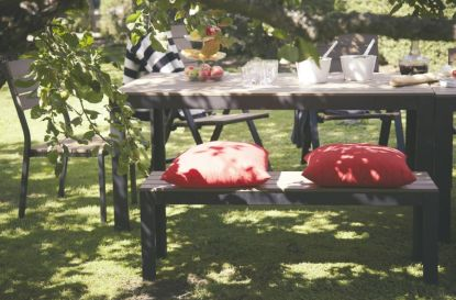 Zveme vás na zahradní slavnost