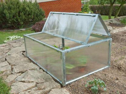 Pro pěstování a rychlení zeleniny nemusíte kupovat obrovský skleník