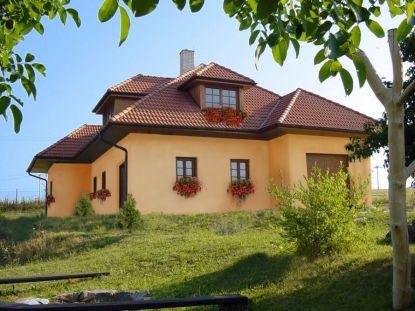 Tipy, jak na údržbu střechy po zimě